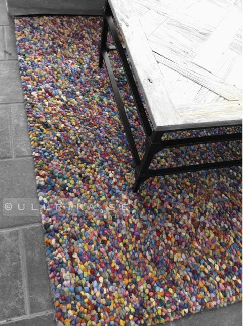 snygga färgglada mattor